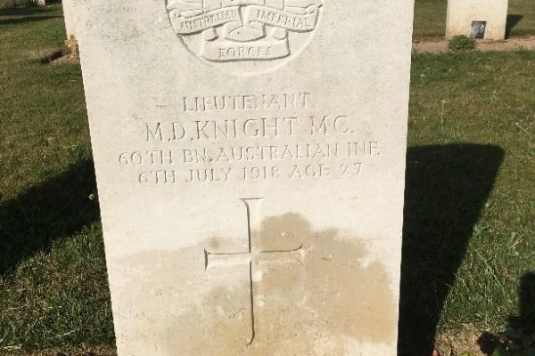 Mervyn Knight's grave at Mericourt-L'Abbe cemetery